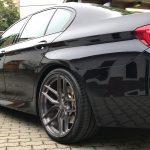 Ein BMW nach der mobilen Fahrzeugpflege - glänzend!